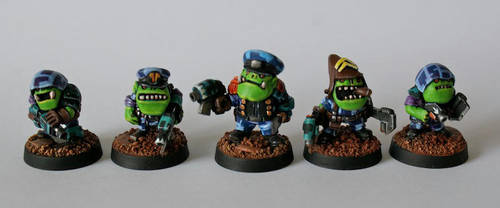 Super Deformed Blood Axe Orks by SpaceCowSmith
