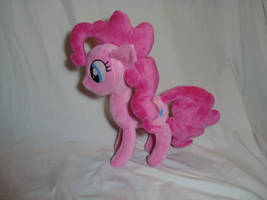 Pinkie Pie plush by PlanetPlush