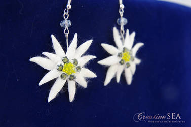 Edelweiss earrings by seandreea