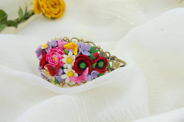 Flower bracelet by seandreea