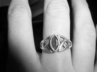 Hand and ring by JessaMar
