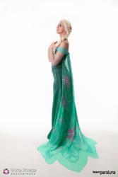 Elsa - Frozen Fever by xPandorae