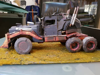 Mad Max War Rig papercraft by ThePandaBatman