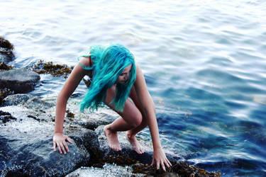 Girl Blue 2 by minginc