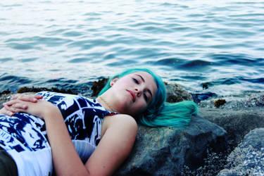 Girl Blue 5 by minginc