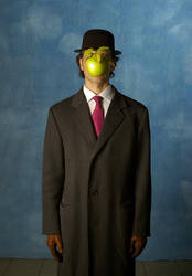 Homage to Magritte by flemmens