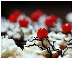 Cupcake. by InThisVertigo