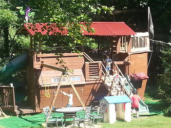 Pirate Playhouse, Treehouse, Fort by Bluebenu