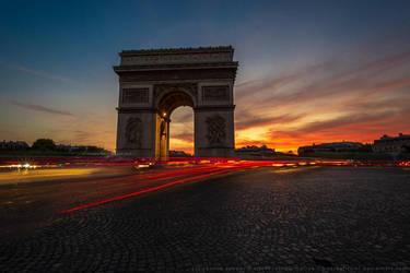 Arc de Triomphe by kuschelirmel