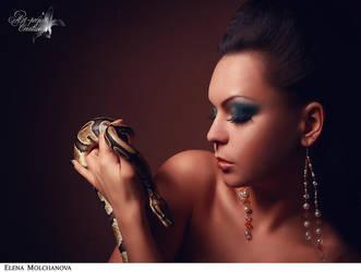snake by Selenittt