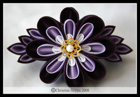 Little Purple Kiku by Kurokami-Kanzashi