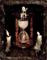 Hourglass by pharie82