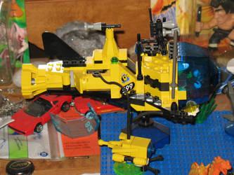 Yellow Lego Submarine by giberwitz