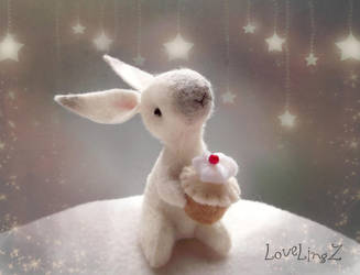 Cupcake bunny by LoveLingz