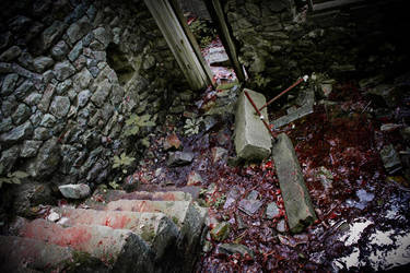 Ruins 01 by kitsunesqueak