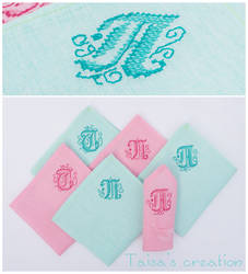Set of monogrammed Napkins by Taisa-Winged