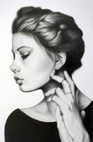 Female portrait by Tarinz