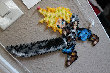 Cloud Strife Perler by Tony009