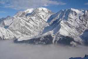 White Mountain by Niluge-KiWi