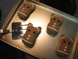 Gingerbread Somethings by mintconspiracy