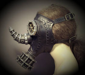 Rhino Steampunk Gas Mask by TomBanwell