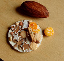 1:12 Scale Cookies and Nuts by fairchildart