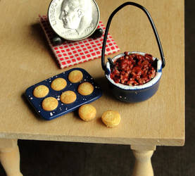 1:12 Scale Chili and Cornbread Muffins by fairchildart