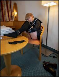 Nemu on chair by nuramoon