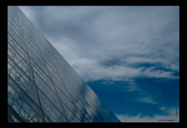 Le Louvre by favocal
