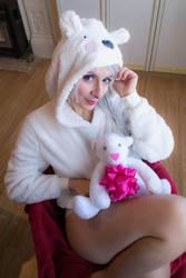 Polar Bear girl by Aliceincosplayland
