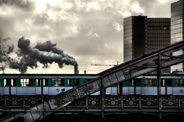 Paris by cahilus