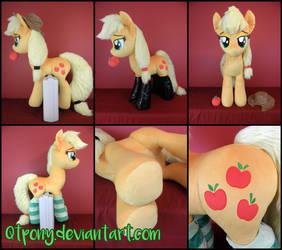 Lifesize Applejack plush by qtpony