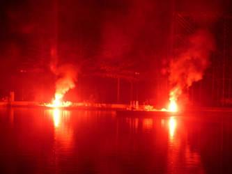 Bonfire 2007  5 by lil0u