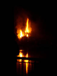 Bonfire 2007  8 by lil0u