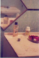 bathroom counter by heystella