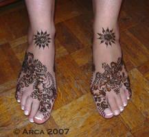 sabrine henna feet by arcanoide