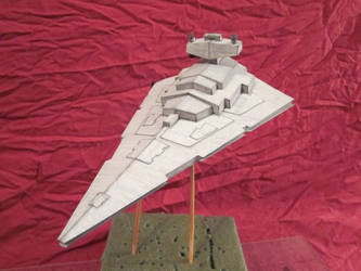 finished Papercraft star destroyer by enc86