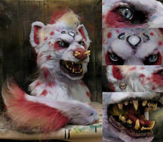 Domino twist hyena details by Crystumes