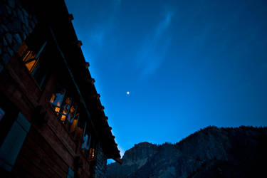 Hotel, Moon and Sky by SZenz