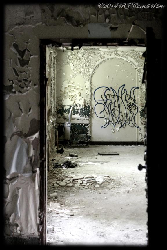 Ovenbake Asylum XLVII by rjcarroll