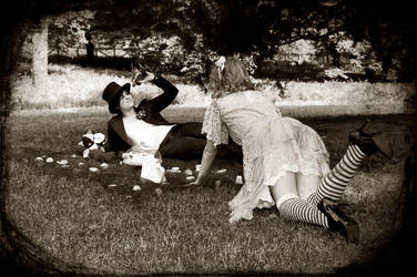 Alice in Wonderland by TrashDoLLs