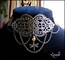 Steampunk necklace by elfique-lenelai