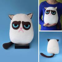 Grumpy cat plush by FizziMizzi