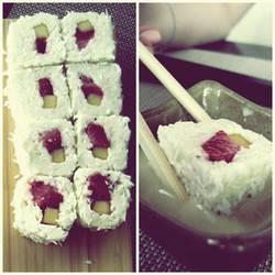 sushi by flyintotheskyy