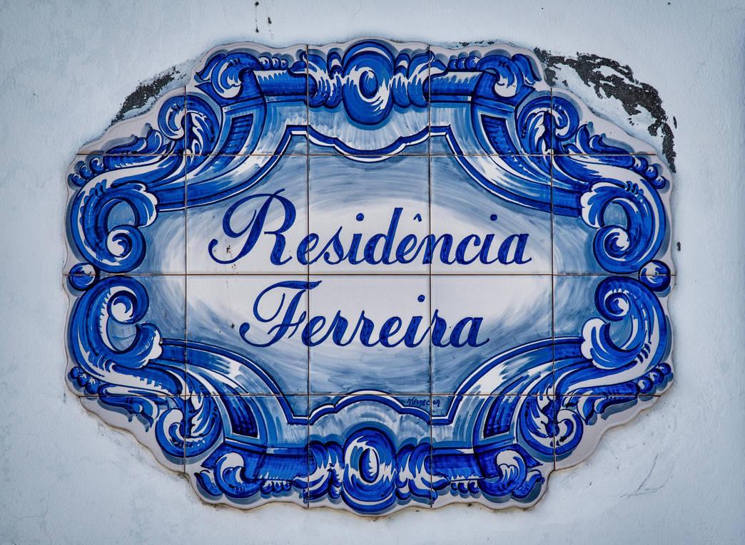 Residencia Ferreira by forgottenson1