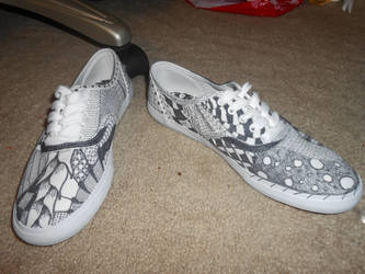 Zentangle Shoes by 88Black-Rose88