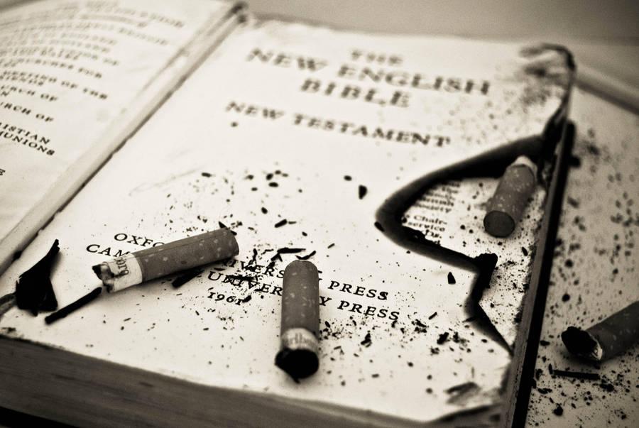 ashtray by warbzz