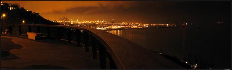 Panorama - La nuit est tombee by dk-s