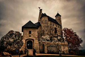 Bobolice Castle by krychu84