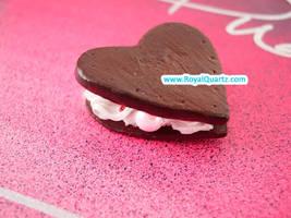Heart Sandwich by royalquartz